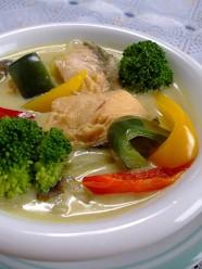 きのこと鮭の秋色シチュー(カレー風味)