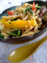 サラダ丼感覚の秋色きのこ丼