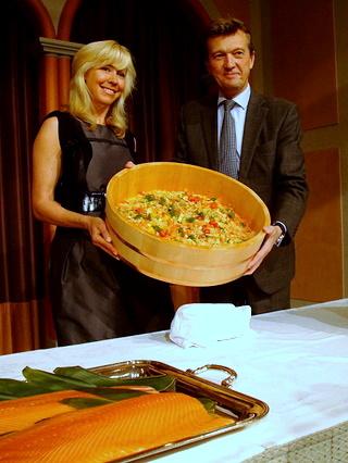 エリカ・アンギャルさんとノルウェー王国大使館水産参事官